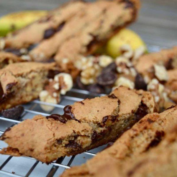 banana-walnut-chocolate-biscotti-ga0301